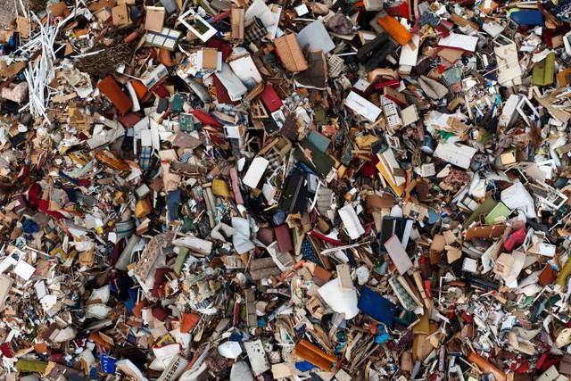 Một bãi rác ở Gdynia, Ba Lan. (Ảnh: Kacper Kowalski—Panos Pictures)