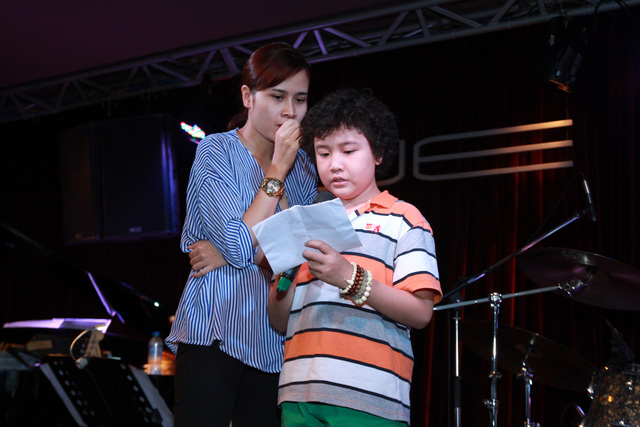 Hoàng Anh luyện tập cùng HLV Lưu Hương Giang