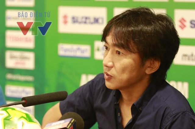 Với kết quả này, ĐT Việt Nam đã chính thức giành ngôi nhất bảng A tại VCK AFF Suzuki Cup 2014. Phát biểu sau trận đấu, HLV Miura tỏ ra hài lòng, qua đó, cũng cảm ơn tình cảm nồng hậu mà người hâm mộ dành cho đội tuyển. Ông cho hay bản thân không quan tâm đối thủ ở trận tới là ai mà chỉ cần biết các học trò của mình phải thi đấu thật tốt.
