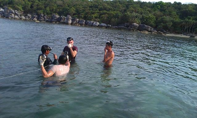 AnhTimothy Milledton, ngườiÚc,tập lặn tìmngọc trai Phú Quốc.