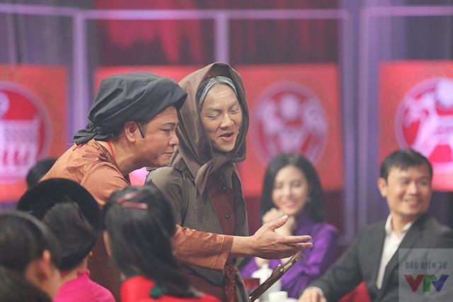 Hoài Lâm là gương mặt thành công tại mảng Văn hóa năm 2014 với chiến thắng tại Gương mặt thân quen 2014.