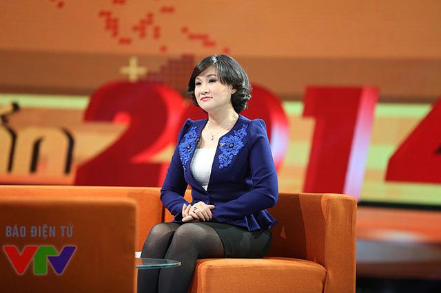 BTV Thời sự quốc tế Nguyệt Hà - một trong 3 người dẫn của Dấu ấn 2014.