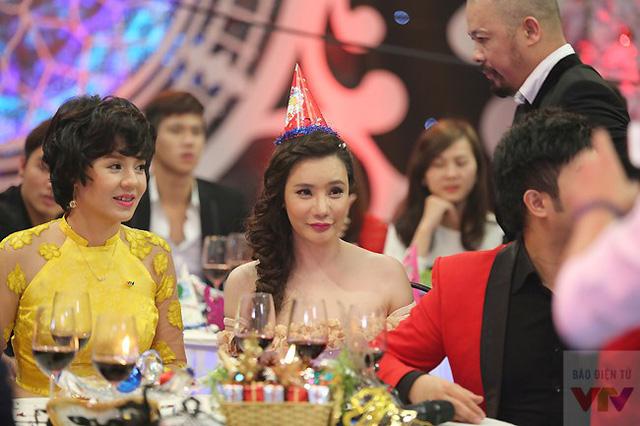 Giám khảo của The X Factor phiên bản Việt - nữ ca sĩ Hồ Quỳnh Hương.