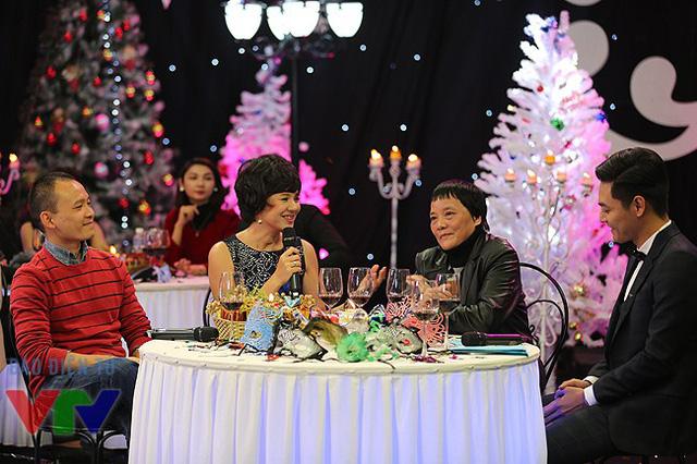 Cô trò chuyện cùng TS. Đoàn Hương - một trong những khách mời của Gặp gỡ VTV.