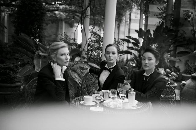 Châu Tấn xuất hiện cùng hai ngôi sao rất được yêu thích ở Hollywood là Emily Blunt, Cate Blanchett trong chiến dịch quảng bá cho thương hiệu đồng hồ Thụy Sỹ IWC.