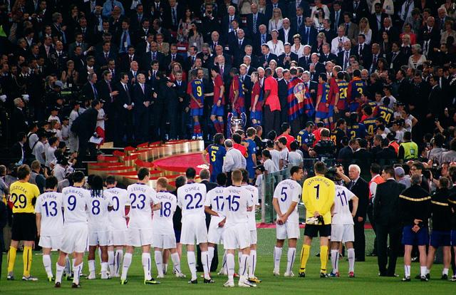 Man Utd từng thua Barcelona trong 2 trận chung kết Champions League