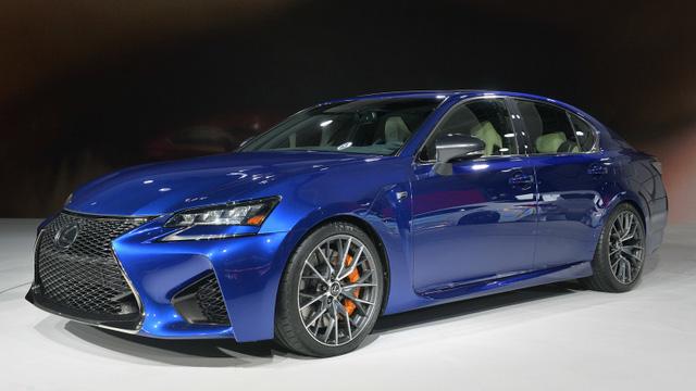 Lexus đã trình làng mẫu xe GS F 2016 tại triển lãm NAIAS 2015