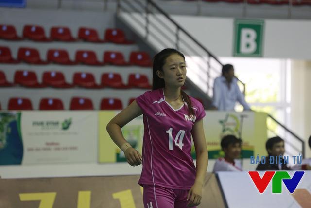 Mi Xinru (sinh năm 1997) - một trong những VĐV trẻ nhất giải