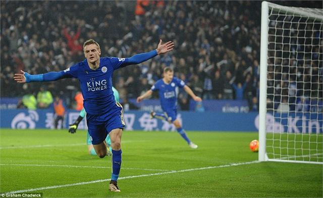 Vardy tiếp tục ghi bàn trong mùa áo của Leicester City