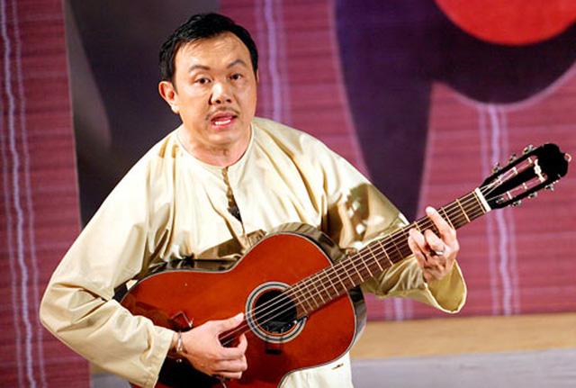 Chí Tài là nghệ sĩ chơi guitar điêu luyện