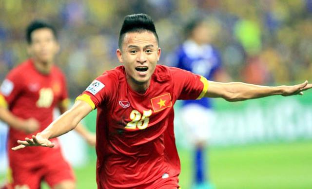 Huy Toàn thường có những bàn thắng mang tính quyết định vào lưới các đại diện của Malaysia. Ảnh: VFF