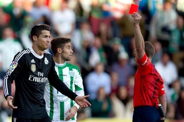 Án treo giò tạo điều kiện cho C.Ronaldo được nghỉ ngơi