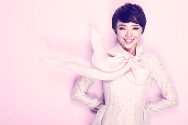 Nữ ca sĩ Tóc Tiên.