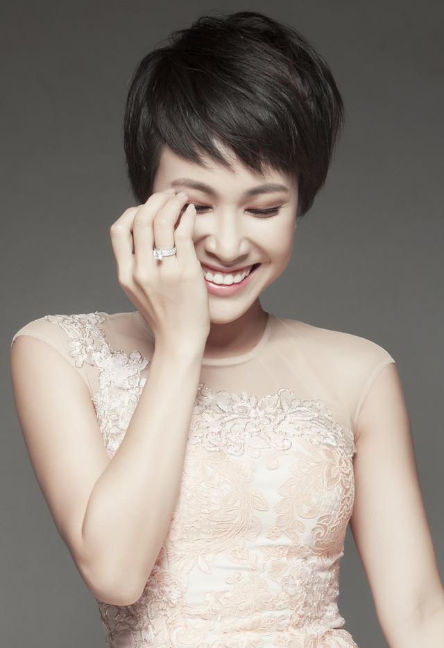 Uyên Linh có lúc ước làm đám cưới và có con gái tuổi Mùi trong năm nay