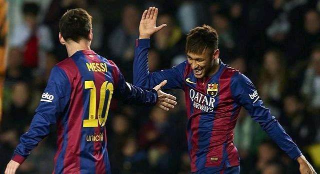 Elche 0-6 Barcelona: Trong lần gặp lại, Elche nhận số bàn thua gấp đôi so với trận lượt đi. Neymar, Messi lập cú đúp vào lưới của thủ thành Valero còn Pique và Pedro cũng có dịp ăn mừng.