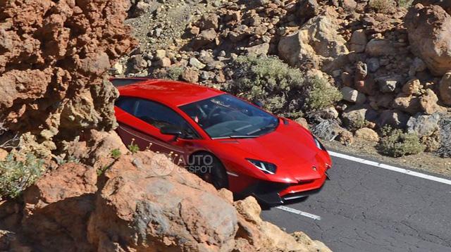 Lamborghini Aventador SV sẽ ra mắt trong tháng 3/2015