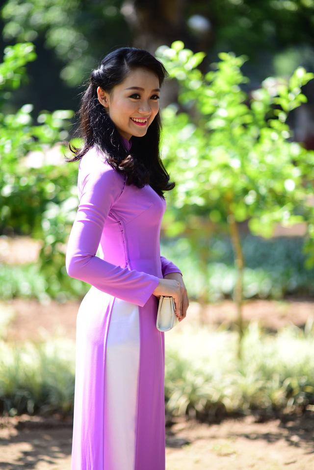 Trước khi tham dự Hoa hậu Việt Nam 2006, Thu Hà đã được biết đến như một diễn viên tài năng có nụ cười hiền hòa và dễ mến. Cô sinh viên của trường Đại học Ngoại thương Hà Nội còn là gương mặt trẻ nhất lên sóng bản tin Thời sự 19h của VTV khi mới 23 tuổi. Tới nay, Thu Hà là một trong những MC trẻ thành công của VTV. Cô đang dẫn bản tin Chào buổi sáng hàng ngày.