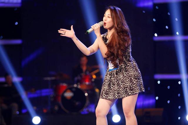 Cô nàng Nguyễn Ngọc Khánh Tiên gây ấn tượng với sự tươi sáng và nhí nhảnh trong phần trình diễn của mình