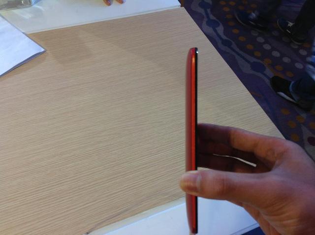 Zenfone 2 có điểm mỏng nhất là 3.9 mm