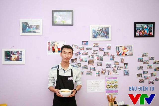 Quán ăn Quảng Bình của Nguyễn Bảo Ngọc được bài trí ấn tượng và ý nghĩa