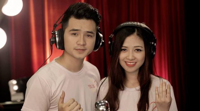 Ca sĩ Dương Hoàng Yến và Hà Anh