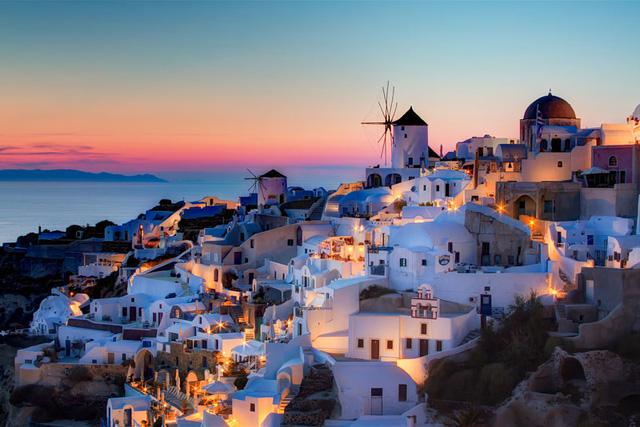 Đêm muộn ở Santorini, Hy Lạp.