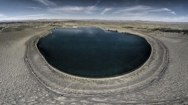 Quang cảnh ấn tượng về hồ núi lửa
