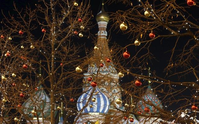 Giáng sinh ở Quảng trường Đỏ, Moscow, Nga