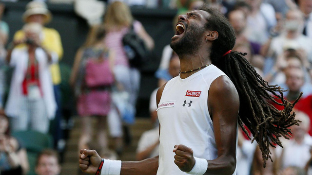 Brown đã có chiến thắng thứ 2 trước Nadal sau thắng lợi tại Halle vào năm ngoái