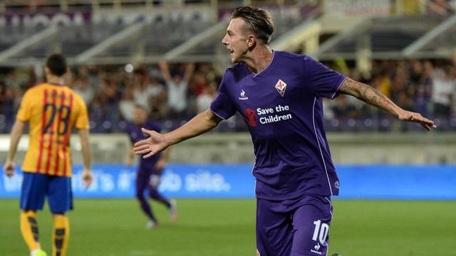 Federico Bernardeschi lập một cú đúp cho Fiorentina