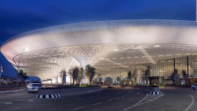 Nhà ga T2 sân bay quốc tế Chhatrapati Shivaji (Mumbai, Ấn Độ) có diện tích khoảng 1,22 triệu m2, có sức chứa 40 triệu lượt khách mỗi năm. Công trình này được thiết kế bởi 3 kiến trúc sư Skidmore, Owings và Merrill.