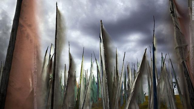 Nhiếp ảnh gia người Canada Larry Louie với góc ảnh khác lạ chụp ở Tây Tạng