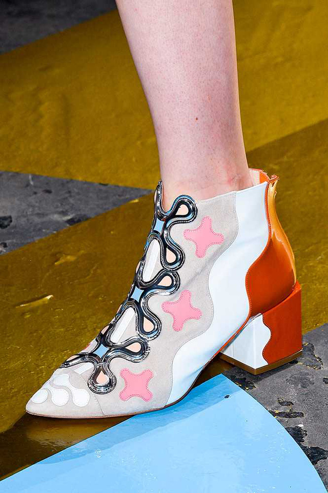 Boots mang màu sắc độc đáo của Peter Pilotto.