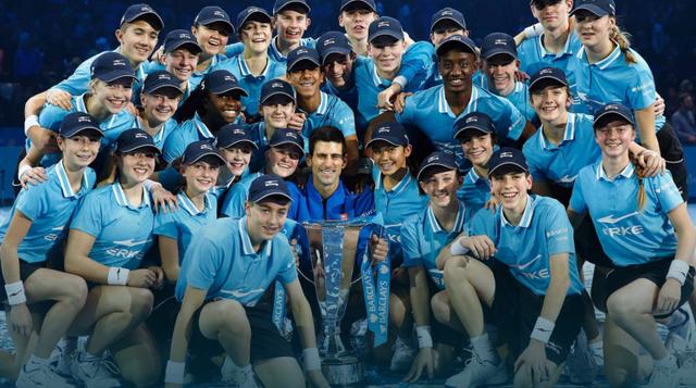 Novak Djokovic đi vào lịch sử với 4 lần liên tiếp vô địch ATP World Tour Finals