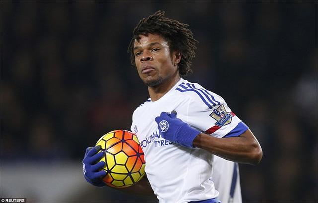 Remy ghi bàn rút ngắn tỉ số cho Chelsea