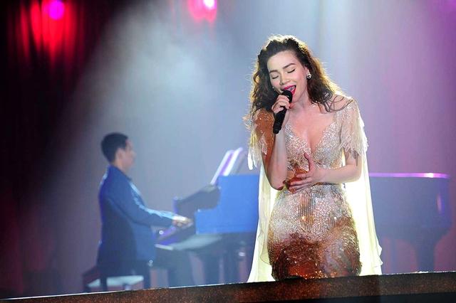 Hồ Ngọc Hà Live Concert 2014