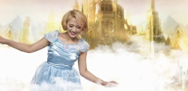 Trang Cherry vào vai cô bé Alice của xứ sở thần thiên