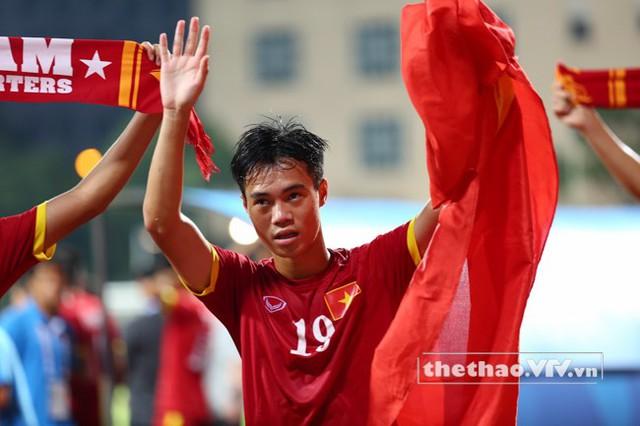 Văn Toàn có thể đảm đương nhiều vị trí trên hàng công của các tuyển trẻ Việt Nam