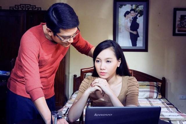 Trong Hôn nhân trong ngõ hẹp, Chí Nhân và Minh Hà là một cặp vợ chồng.