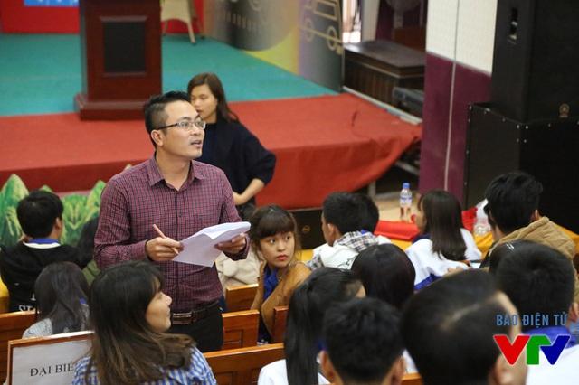 Ông Phan Anh Tuấn - Trưởng nhóm phụ trách các tình nguyện viên của LHTHTQ 35