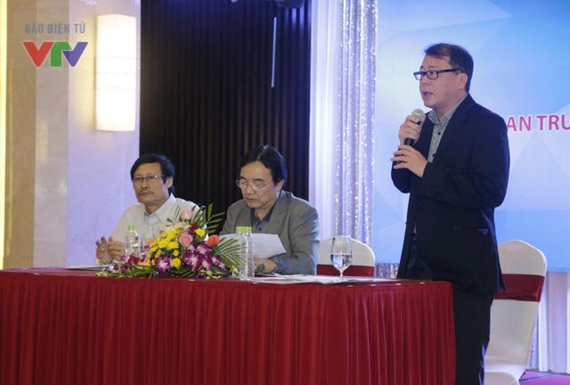 Ông Nguyễn Hà Nam - Phó Trưởng ban thường trực BTC LHTHTQ lần thứ 35 - nhấn mạnh các điểm cần lưu ý với BGK