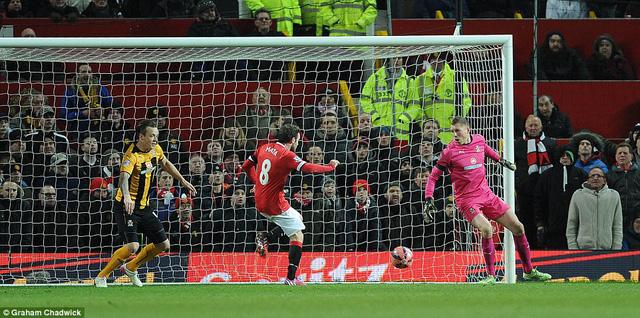 Juan Mata mở tỷ số cho Man Utd