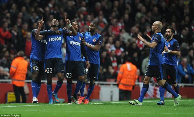 Monaco thi đấu rất hưng phấn sau khi vươn lên dẫn trước nhờ bàn thắng đầu tiên có phần may mắn.