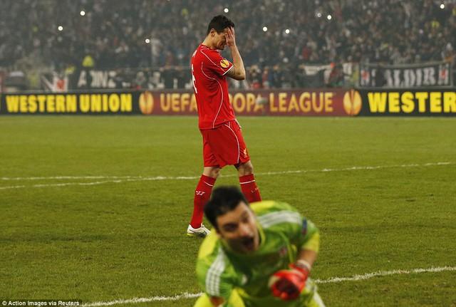Cú sút luân lưu không thành công của trung vệ Dejan Lovren đã khiến Liverpool bị loại