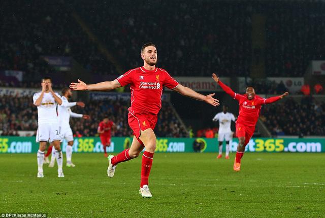 Jordan Henderson tiếp tục đóng vai người hùng cho Liverpool