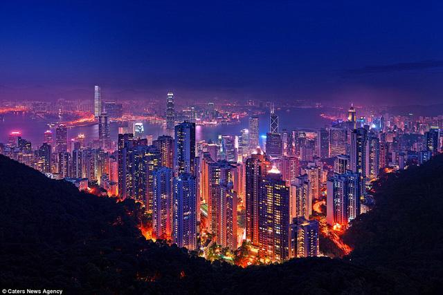 Hong Kong (Trung Quốc) với khung cảnh vô cùng ngoạn mục