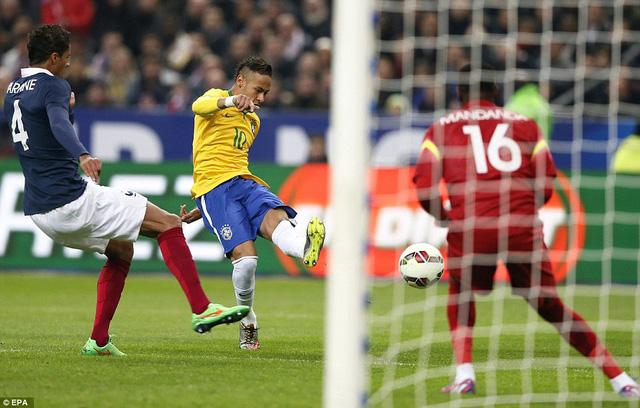 Neymar cùng các đồng đội đã có chiến thắng thuyết phục