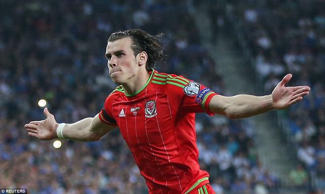Gareth Bale  giúp xứ Wales tạm chiếm ngôi đầu bảng B