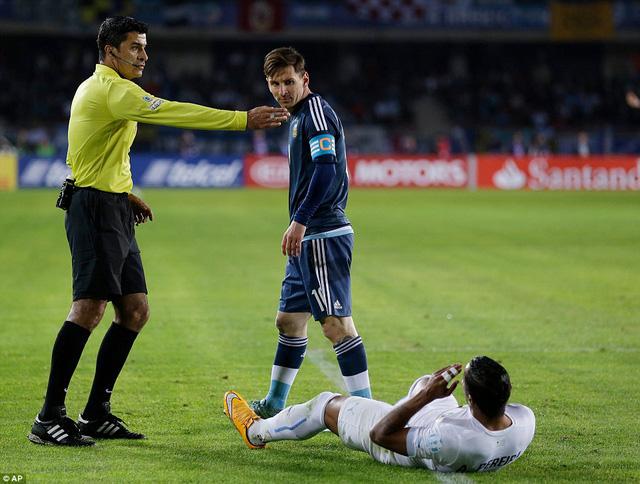 Lionel Messi chưa thể có bàn thắng thứ 2 tại Copa America 2015
