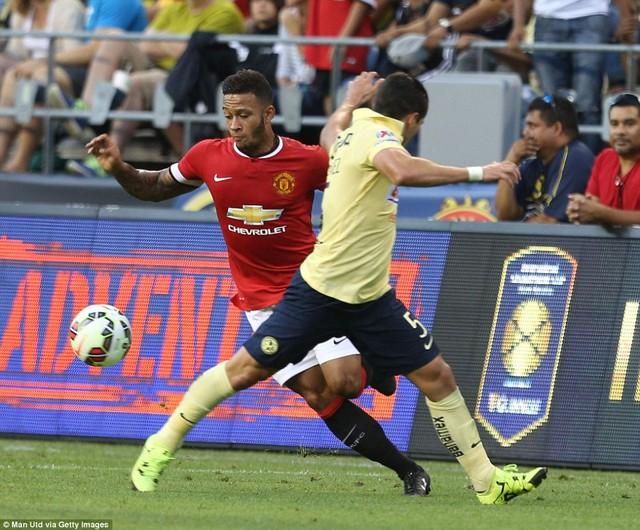 Memphis Depay có trận đấu đầu tiên trong màu áo Man Utd